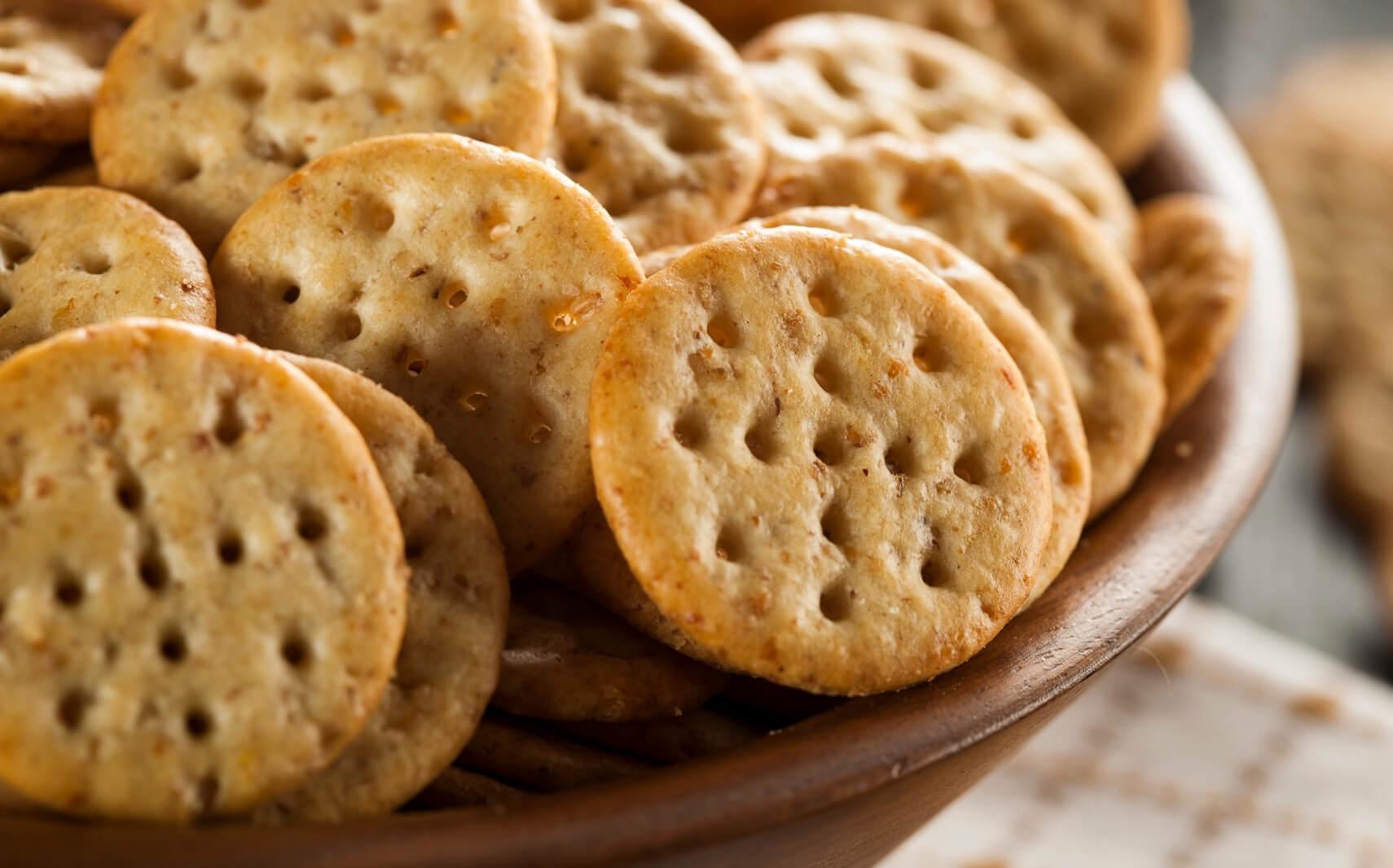 Snacks & Crackers