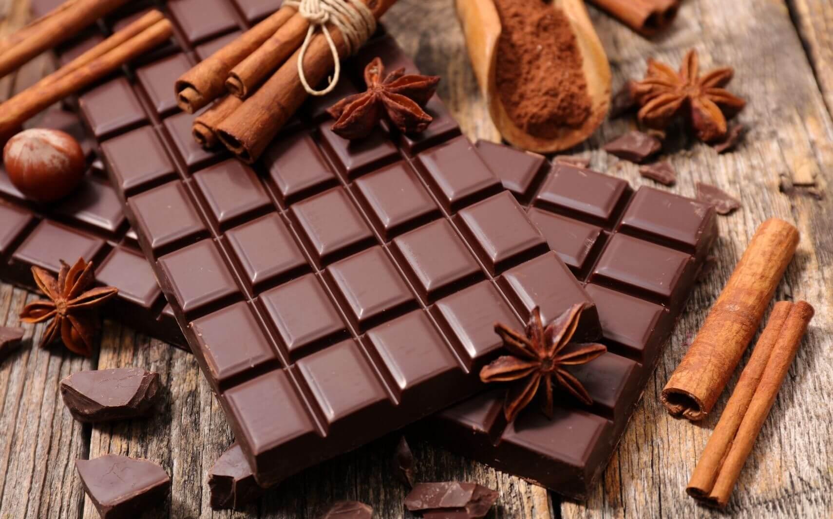 CHOCOLATE & SUGAR BITES